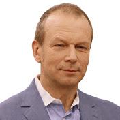 Дмитрий Петров